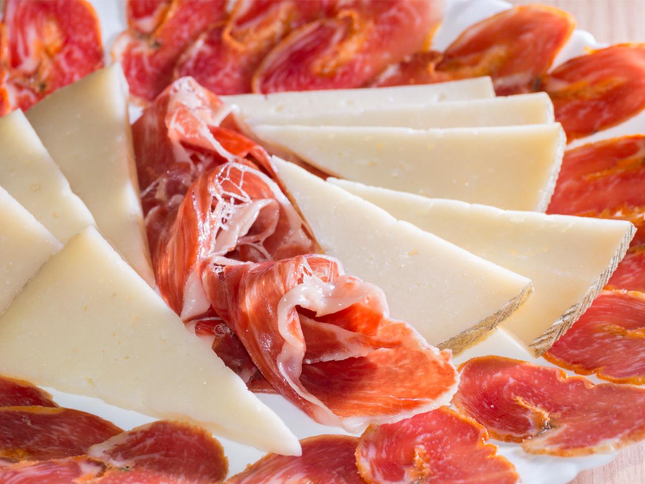 Tapas manchego cheese